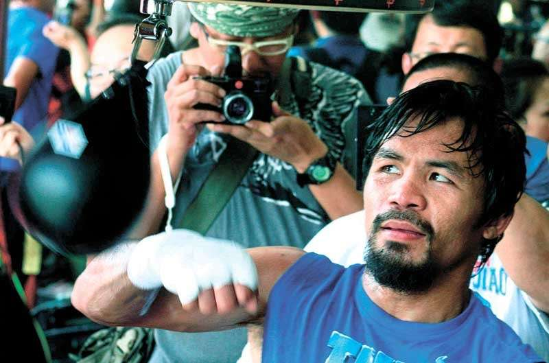 PINOY SUPERSTAR. Manny Pacquiao hits the speed ball in a photo taken in 2017. Mercito Gesta believes that the Filipino superstar has all the tools to outclass challenger Adrien Broner in their upcoming fight on Jan. 19  in Las Vegas. (SunStar file photo)