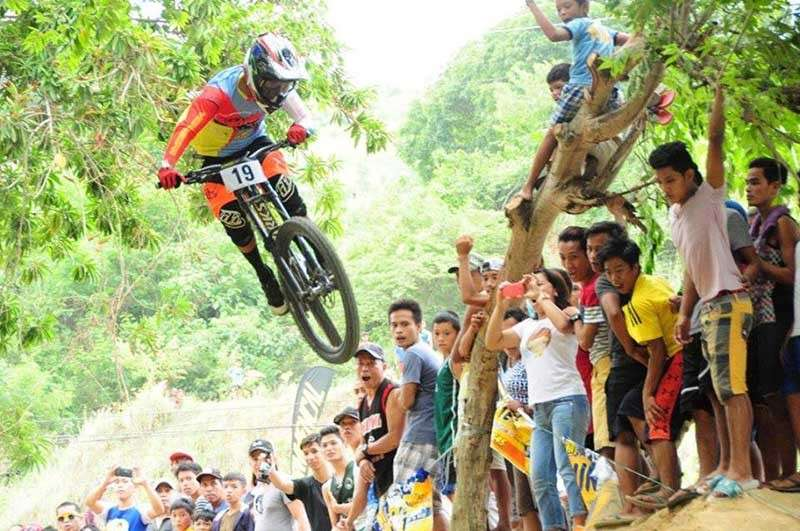 ILIGAN. Niño Martin Eday, professional cyclist, competes in the Commencal National Downhill Series on September 2018 (Photo by Mr. Rene B. Pernia of Iligan City Government Office).