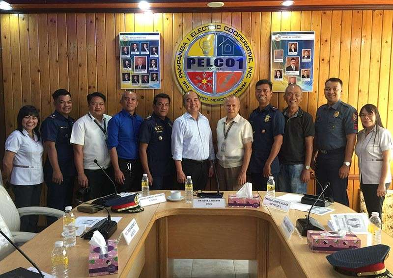 PAMPANGA. From left are PNP NUP Monina Ferber, Dennis Limlingan of Pelco I, Senior Superintendent Maganto, Director Azor Sitchon of NTC-3, Engr. Allas of Pelco I, and other members of the Regional Advisory Counciul in posterity after the PNPN-RCEO3 conference. (DPL)