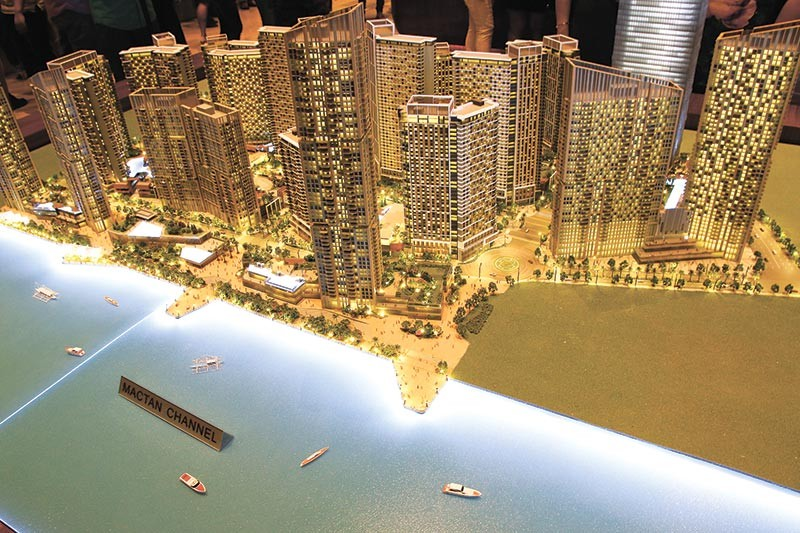 READY TO SELL. Property developers like HT Land, developer of Mandani Bay, hope the government is able to fast-track the release of permits so they can start selling their projects. The challenge for most is finding lots to put up socialized housing units, which is required to secure a license to sell. (SunStar file)