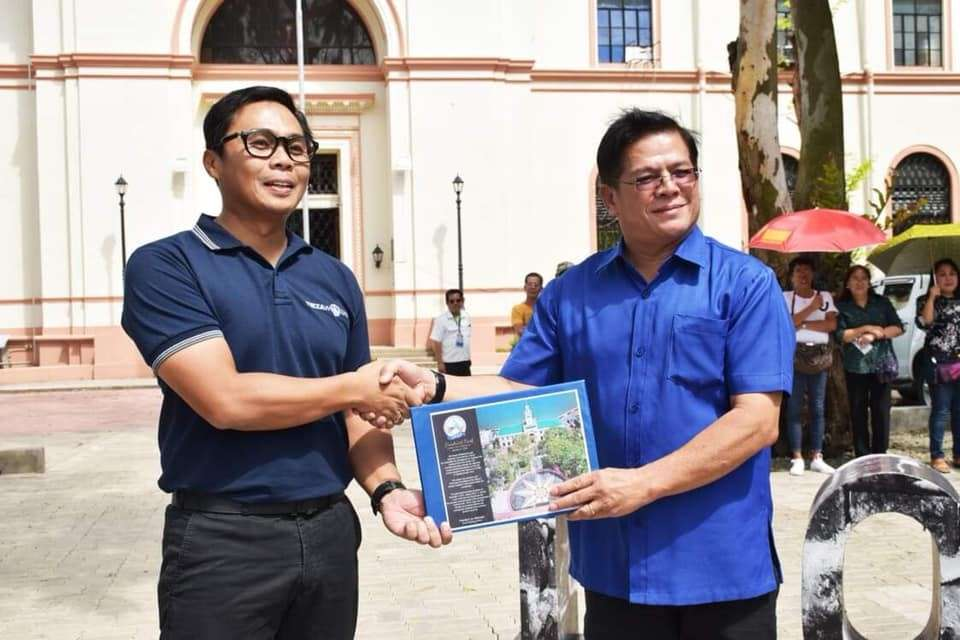 Iloilo City Mayor Jose Espinosa III accepted the document from Tourism Infrastructure and Enterprise Zone Authority (Tieza) chief operating officer Pocholo Paragas. (Photo taken from Iloilo City Government's Facebook page)