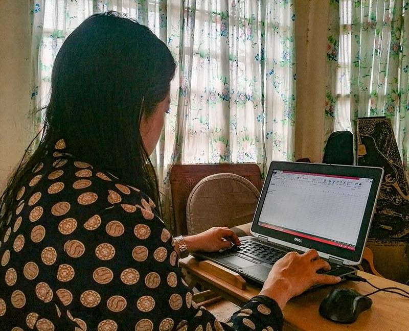 NOT FOR EVERYONE. While business leaders welcomed the passage of the telecommuting law, they want the implementing rules and regulations to be fair to both employers and employees. (SunStar photo / Arni Aclao)