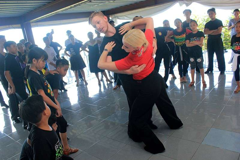 CLINIC. Australian couple Brodie Barden and Lana Skrgic De-Fonseka, who are ranked no. 14 in the world, will return to Cebu to teach participants of DTCC's Dance Camp. (Contributed Photo)