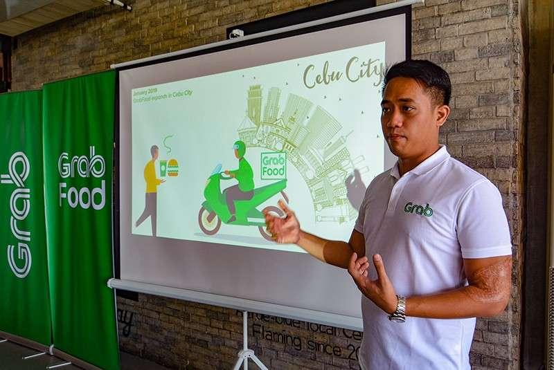 """INCOME. GrabFood Philippines head EJ dela Vega says GrabFood augments the income of """"habal-habal"""" drivers.(SunStar Photo / Arni Aclao)"""