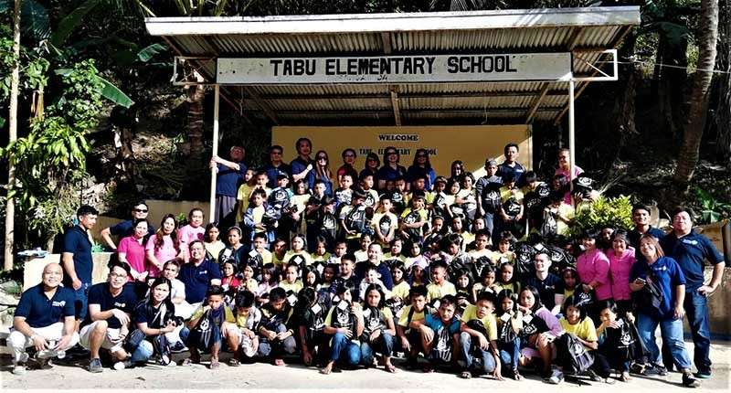 BAGUIO. Participants to the Tabu Elementary School outreach. (Contributed photo)