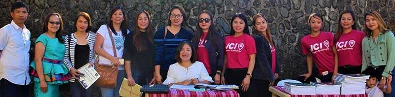 BAGUIO. The book launching by author Dr. Maria Aplaten with some members of the JCI Baguio Sunflower and Rotary Club of Baguio Summer Capital. (Photo by Brenda Lee Villanueva)
