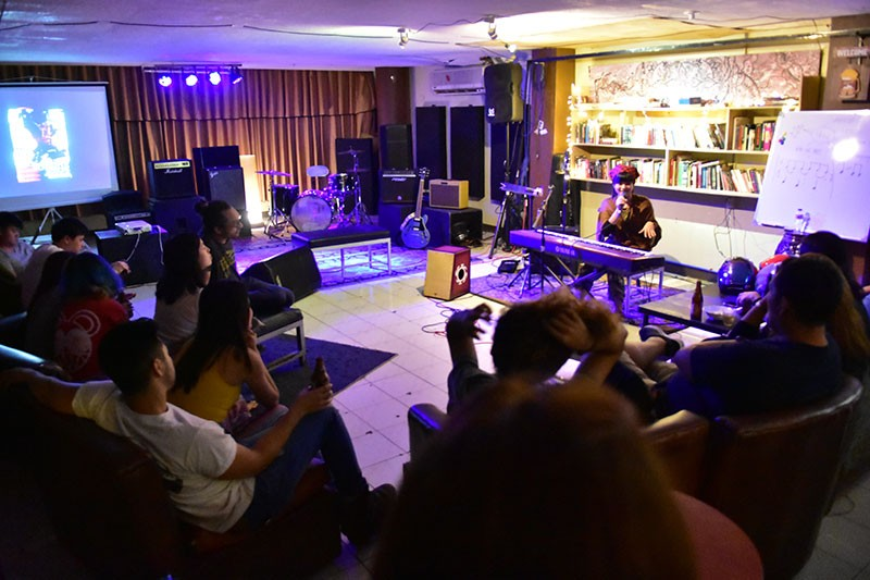 DAVAO. Local artists and music lovers dropped by at Suazo Bar last January 9, 2019 to learn from Jireh Calo and jam with her.