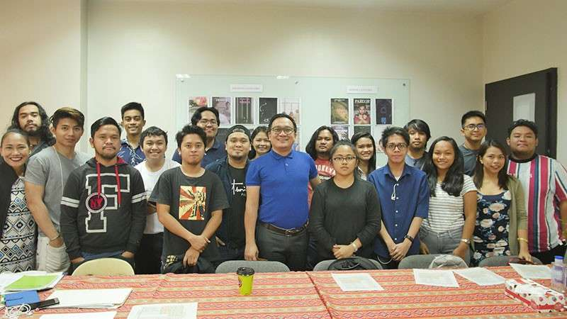 CAGAYAN DE ORO. Cinemagis 2019 filmmakers pose with Xavier Center for Culture and the Arts Director Hobart Savior (center, in blue shirt) during the orientation about the film festival last Saturday (January 12) at the XCCA's Conference Room in Cagayan de Oro City.  (Contributed photo)