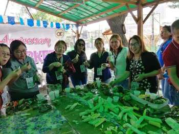 MISAMIS. The people who took part in the festivities were offered snack-all-you-can, wherein they paid P50 to partake in the variety of Filipino delicacies such as suman, kamote, saging, linung-ag, kakanin, among others. (Photo from Misasmis Oriental Provincial Agriculture office's Facebook page)