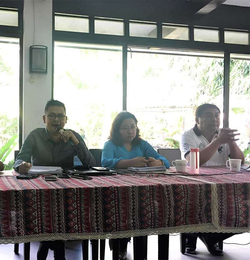 BACOLOD. Lawyer Cesar Beloria Jr., former Bacolod City councilor Jocelle Batapa-Sigue and former vice mayor Jude Thaddeus Sayson in a press conference Monday, January 21. (Merlinda Pedrosa)