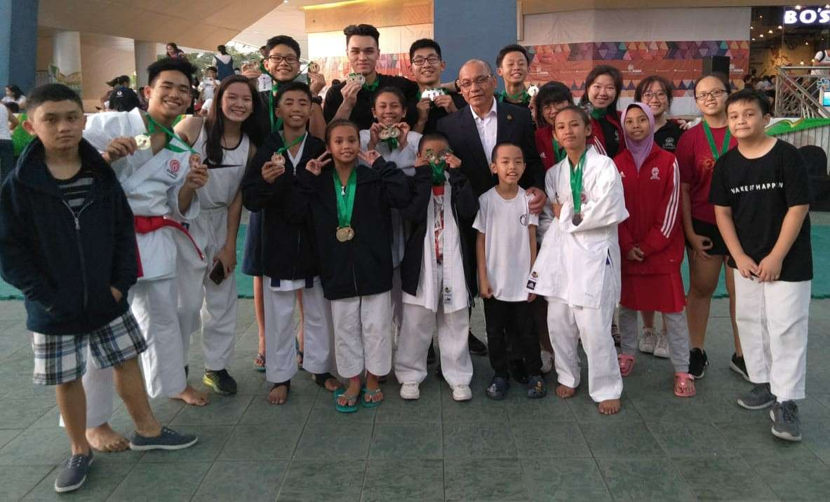 GOLD RUSH. Karatekas of Cebu Province pose with their medals after an impressive campaign in the Manuel Veguillas Memorial International Karate Cup. (Contributed photo)