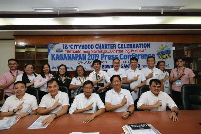 PAMPANGA. City of San Fernando Mayor Edwin Santiago and Kaganapan 2019 Chairman Fer Caylao together with (from left) Councilors BJ Lagman, Harvey Quiwa, Nelson Lingat and Reden Halili together with members of the executive committee led the press conference Monday, January 28, on the 18th cityhood celebration of San Fernando. (Photo by Chris Navarro)