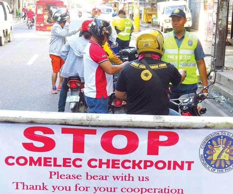CEBU.  Mas subsob nga mga checkpoint gawas sa gi-require sa Comelec ang ipahigayon sa kapulisan sa Mandaue. (SunStar file)