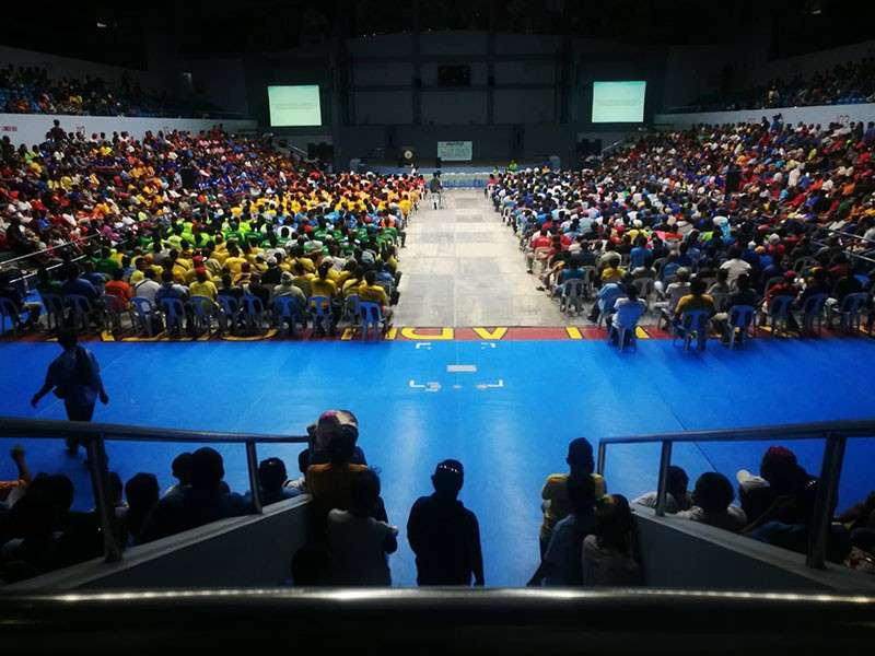 CEBU. Around 3,000 public utility vehicle drivers in Lapu-Lapu City were required by the Land Transportation Franchising and Regulatory Board (LTFRB) to undergo a Driver's Academy for the entire day on Tuesday, January 29, 2019 and could not ply their usual route. (Allan Cuizon)