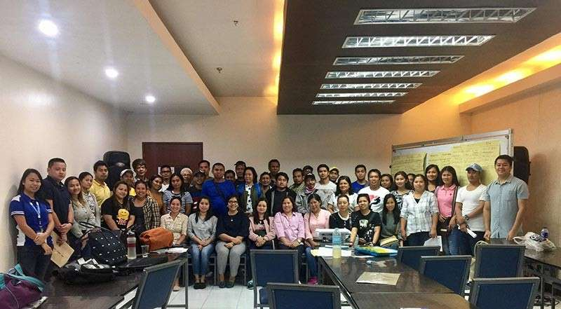 BACOLOD. DTI-Negros Occidental personnel with the participating OFWs of the entrepreneurship and business planning training held the Negros First Negosyo Center in Bacolod City Tuesday, January 29, 2019. (Contributed photo)