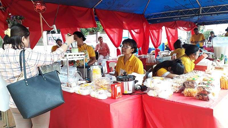 CAGAYAN DE ORO. Enjoy the variety of Filipino-Chinese food as Cagayan de Oro City opens its Chinese Food Festival located at the City Hall Mini Park. The activity will run from January 29 until February 10, from 8 a.m. to 5 p.m. (Jo Ann Sablad)