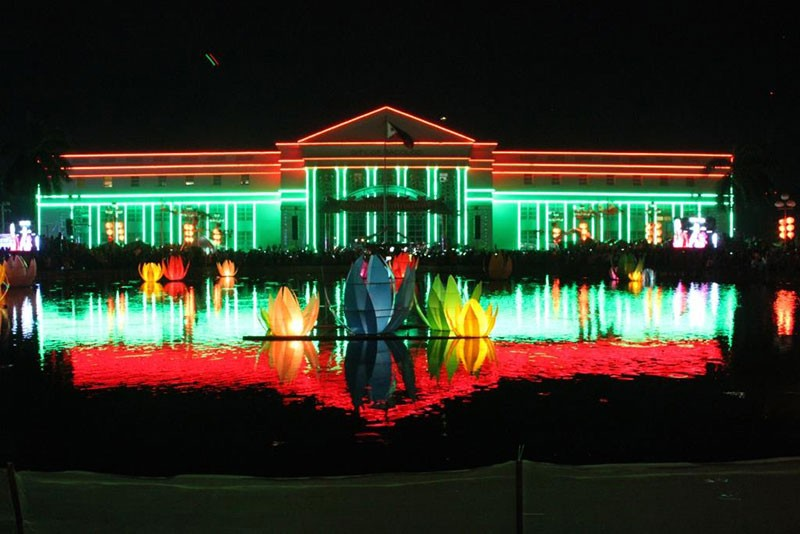 BACOLOD. The ceremonial lighting of the Bacolod City Government Center façade, with the stage for the Philippine Philharmonic Orchestra, at the opening of the 14th BacoLaodiat Festival Friday. (Bacolod City PIO)