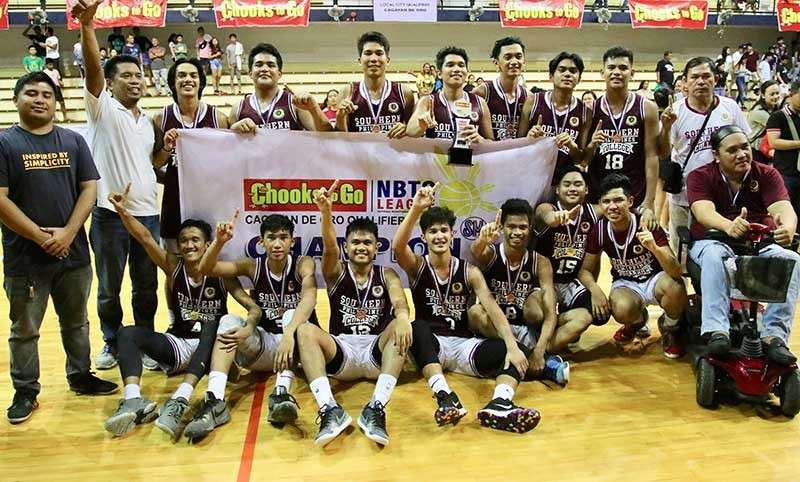CHAMPION. Southern Philippine College Sharks advance to the Northern Mindanao Regional final in the Chooks-To-Go National Basketball Training Center (NBTC) League on Feb. 16-17, here at the XU gym after defeating Assumption Montessori School in the Cagayan de Oro finals. (Jack Biantan)