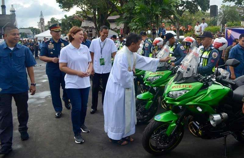 DAVAO. Turnover ceremony of the 12 brand new Kawasaki Versys 650 CC Motorcycle donated by the City Government of Davao led by Mayor Sara Duterte-Carpio to the Davao City Police Office. (Photo by DCPO)