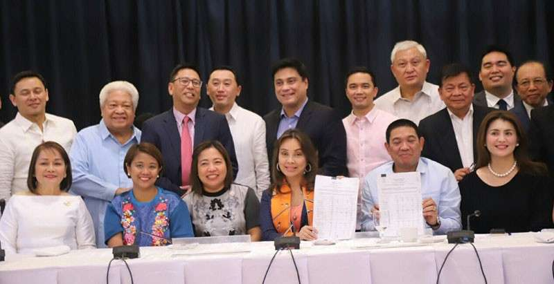 MANILA. Members of the bicameral conference committee finally approved the final 2019 budget bill on February 8, 2019. (Photo from Senator Loren Legarda's Twitter)
