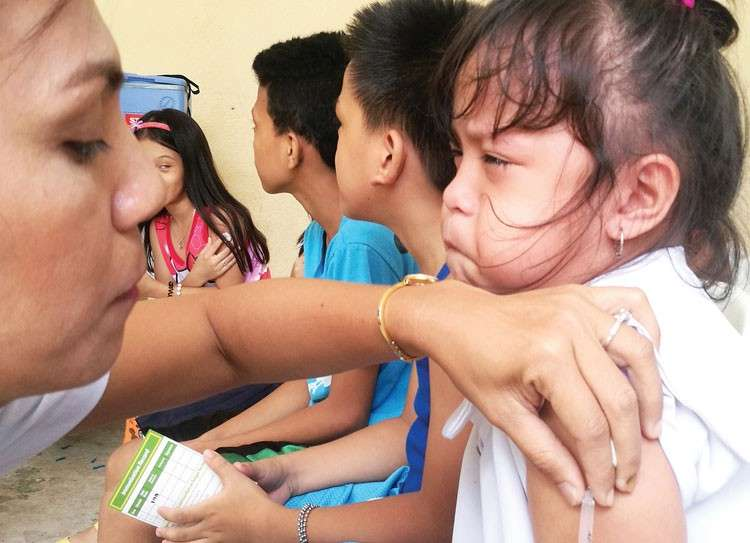 CEBU. Councilor Mary Ann delos Santos wants the information campaign about the importance of measles vaccination to be intensified. (SunStar file)