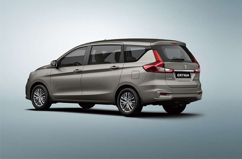 SMOOTH, STYLISH. Like the front, the rear has smoother lines and stylish LED rear combination lamps.