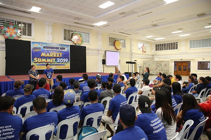 """PAMPANGA.The City Government of San Fernando headed by Mayor Edwin Santiago staged this year's """"Market Summit"""" on February 11, 2019 at the mini convention center of Heroes Hall, in line with the celebration of 18th Cityhood Anniversary or Kaganapan. (Photo by CSF-CIO)"""