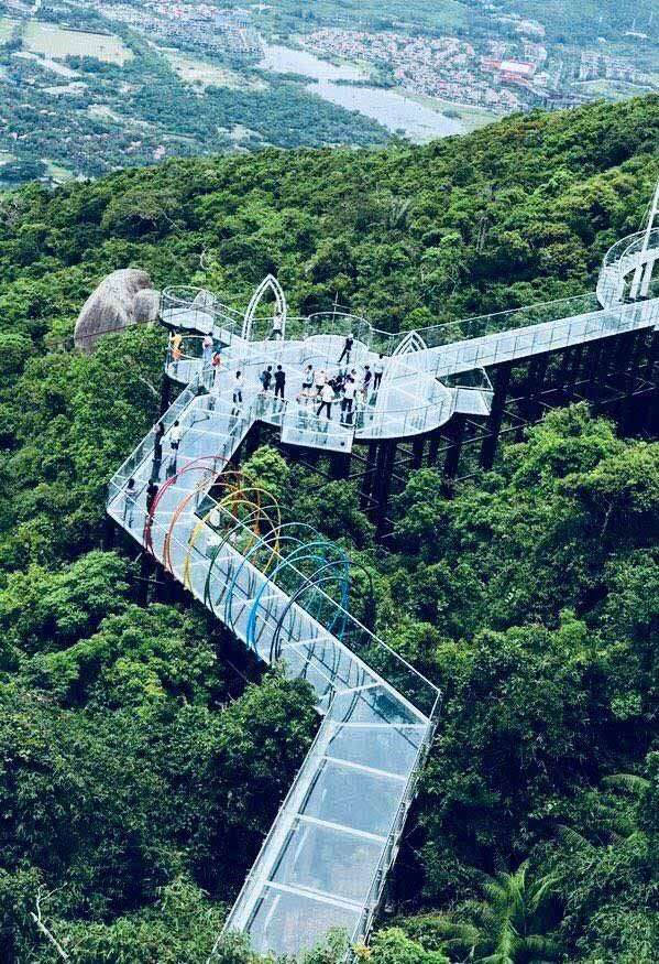 GLASS SKYWALK. The 400-meter-long Seaview Glass Skywalk at the Yalong Bay Tropical Paradise Forest Park in Sanya.