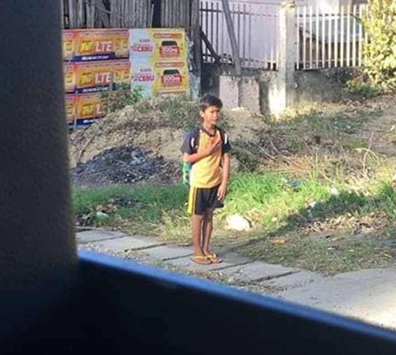 Viral News Today Home: 'Patriotic' Boy In Argao, Cebu Goes Viral