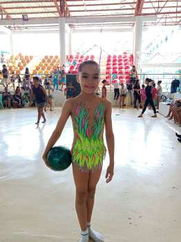 BIG DREAMS.  Leanne Marie Manning, who dreams of becoming an Olympian and a doctor, opened Cebu City's campaign in the Cviraa with two gold medals in gymnastics. (SunStar foto / Richiel Chavez)
