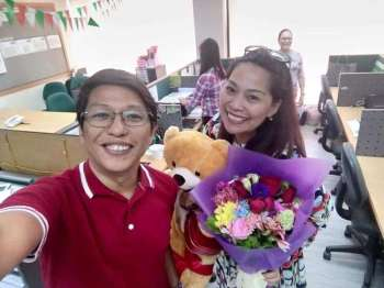 CAGAYAN DE ORO. The Junior Chamber International (JCI) Kagayhaan Gold spreading the atmosphere of love with a Valentine's Day fundraising activity called