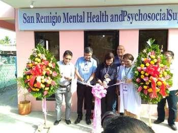 Ribbon cutting sa pormal nga pag-abli sa San Remegio mental health facility nga gipanguluhan ni Vice President Leni Robredo. (Contributed photo/ Jericho Termas Ursaiz)
