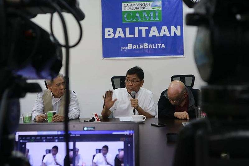 """PAMPANGA. City of San Fernando Mayor Edwin Santiago tells veteran journalists that his challenger Ex-Officio Councilor Vilma Caluag has """"no right"""" to claim that there are irregularities in RPT shares distribution during the Capampangan in Media, Inc.'s forum at Bale Balita in Clark on Friday. (Chris Navarro)"""