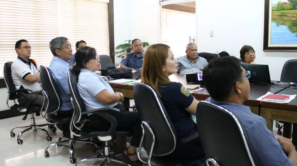 CAGAYAN DE ORO. A meeting with the City Government of Cagayan de Oro, Land Transportation Franchising and Regulatory Board, Roads and Traffic Administration, Philippine National Police, and representatives of the local transport groups as the Manila Electric Company (Meralco) introduces their newest electric vehicle units: eSakay. (Photo from CIO)
