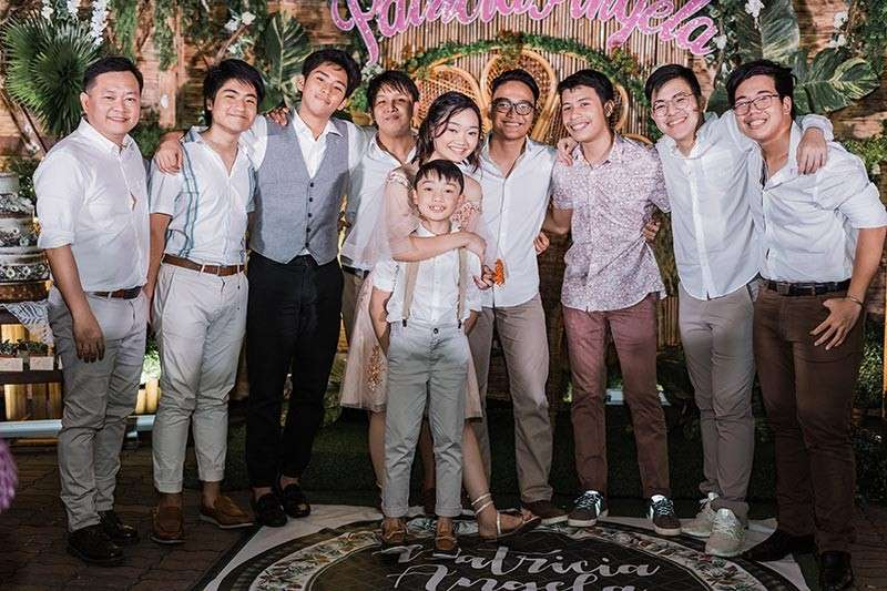 (From left) Dr. Richard Tesoro Mata, Alfonso Miguel Toh, Peter John Klyde Villamil, Phil Sharif Buca, Patricia Angela Mata, Richardo Angelo Mata, Harry Jan Lois Cacdac, Luke Justin Perez, Marc Ronan Ng, and Siegfried Kayne Lim. (Kethley Uy)