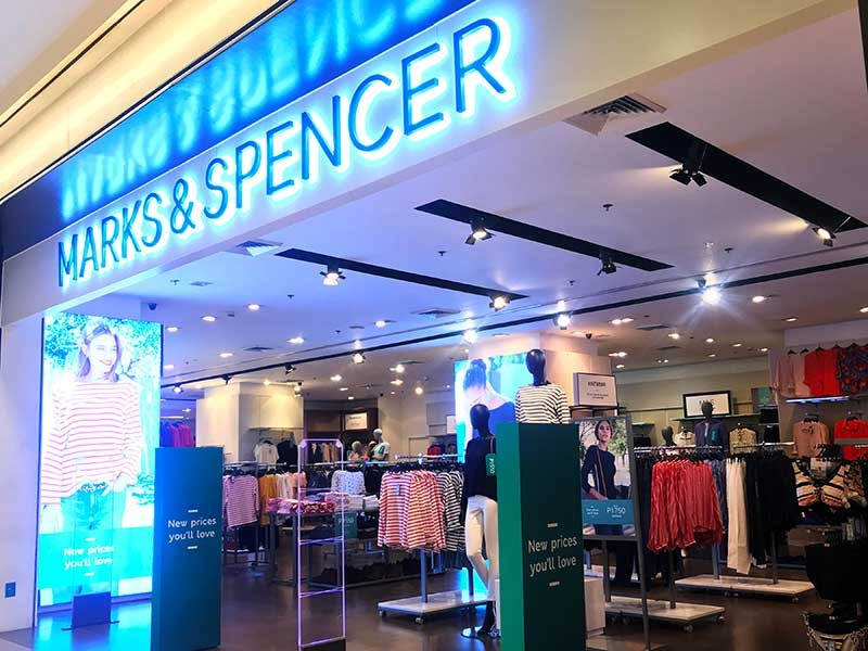 """New season, new prices. """"New prices you'll love"""" os another good reason to love M&S. (Jinggoy I. Salvador)"""