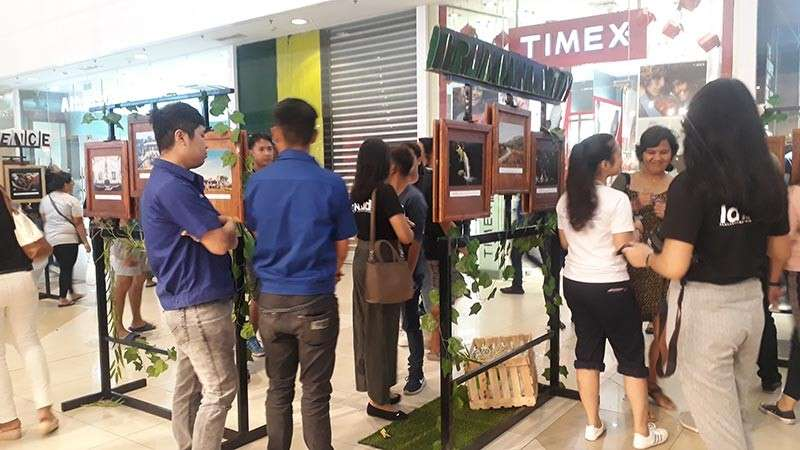 """The daily lives and culture of the Manobo and Talaandig tribes of Pangantucan, Bukidnon were featured in Xavier University's annual photo exhibit: """"Lansad Onse"""" held at the ground floor of Centrio Ayala Mall last Wednesday, February 20. (Jo Ann Sablad)"""