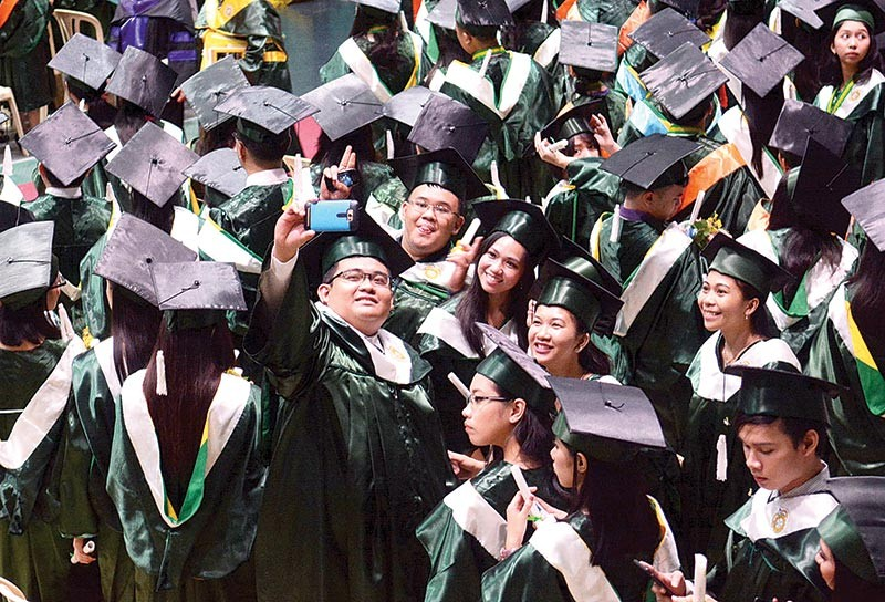DO THEY HAVE WHAT IT TAKES?  Accenture Philippines digital lead JP Palpallatoc says the academe needs to make sure its graduates are able to handle complicated tasks. (SunStar file)