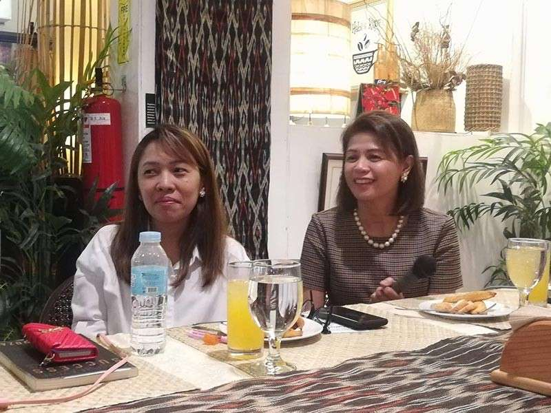 Philippine Obstetrical and Gynecological Society-Southern Mindanao Chapter member doctor Michelle Ong (right) and Doctor Mary Lee Lim (left). (Lyka Casamayor)