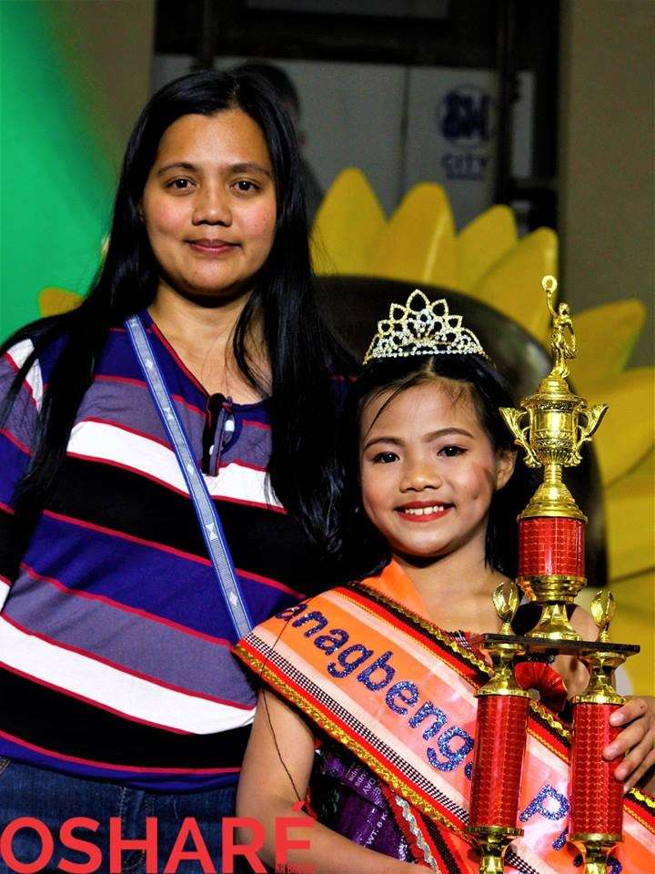 BAGUIO. Panagbenga and Waltrix Princess 2019 Kezieyah June Caipas with her proud mom. (Photo by Osharé)