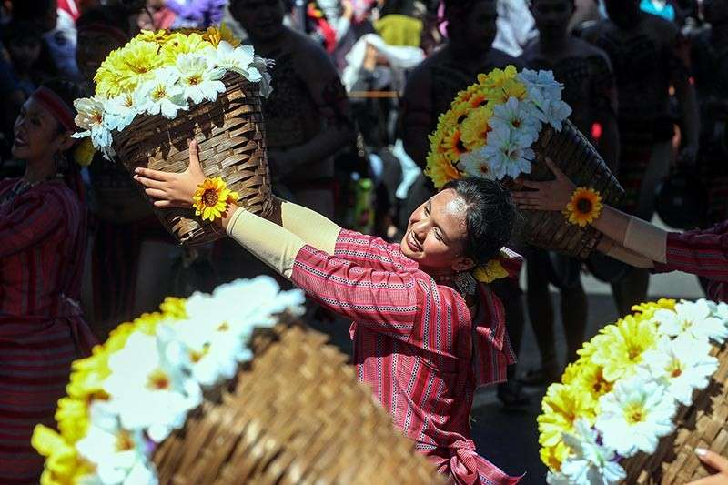 BAGUIO. Elementary students from Tuba Central School joined the annual Baguio Flower Festival celebration and topped the elementary category during the grand street dancing competition. (Photo by Jean Nicole Cortes)