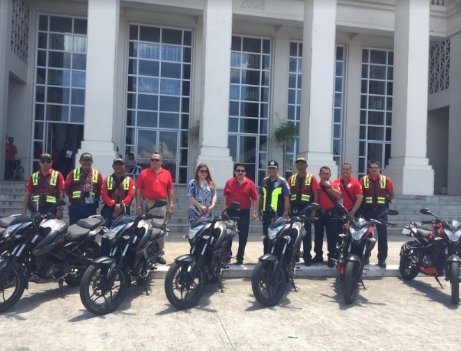 BACOLOD. Mayor Evelio Leonardia, assisted by Councilor Cindy Rojas and Executive Assistant Celestino Guara Jr., turns over seven brand new units of Kawasaki motorcycles, to Bacolod Traffic Authority Office head Supt. Luisito Acebuche at the Bacolod City Government Center grounds Monday, March 4. (Bacolod City PIO)