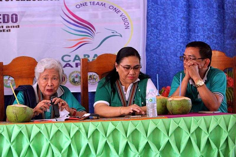 APAYAO. DepEd Secretary Leonor Briones shares some insights with DepEd–CAR Regional Director May Eclar and Apayao Schools Division supervisor Ronald Castillo during her visit in Apayao province last week. (Photo by Roderick Osis)