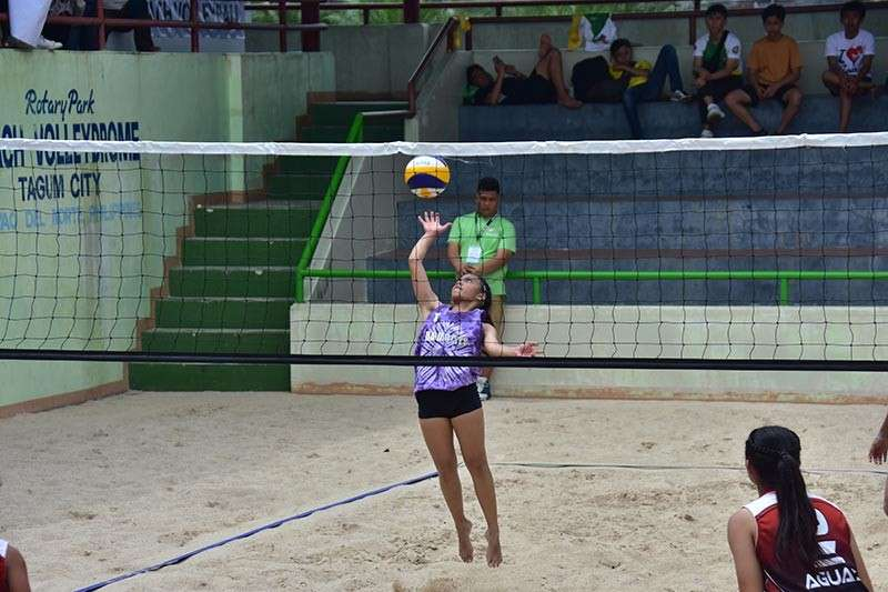 DAVAO. This file photo shows Khalia Sinsuat unleashing a powerspike during a game in the Batang Pinoy 2019 Mindanao Leg held in February at the Tagum City Volleydrome. She and partner April Joy Gordova will play in the upcoming 82nd Araw ng Dabaw Under-19 Open Beach Volleyball Tour. (File Photo)