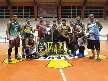 CAGAYAN DE ORO. Team Navarra celebrates after beating Team Mugot, 74-65 in the Green CdeO Eagles hoopfest. (Contributed photo)