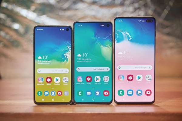 Choose among 3 Samsung Galaxy S10 devices