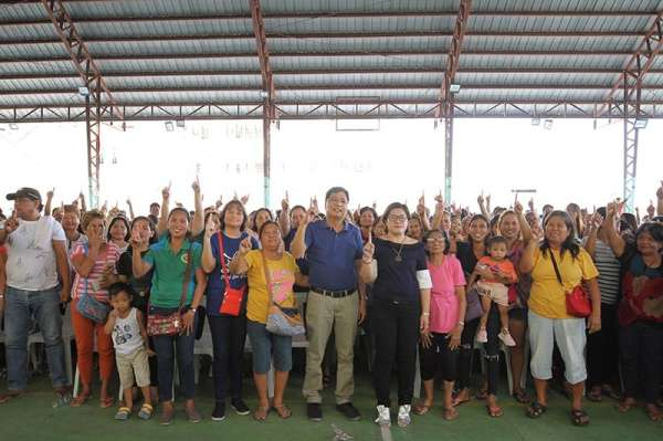 PAMPANGA. The City Government of San Fernando headed by Mayor Edwin Santiago kicked-off the community-based forum about Dengvaxia on March 12, 2019 at the Pampanga High School. (CSF-CIO)