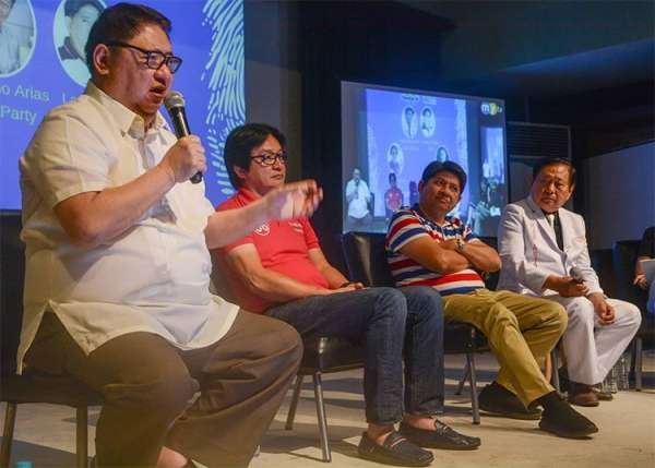 CEBU. (From left) Senatorial candidates Antonio