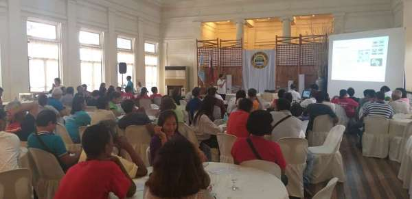 BACOLOD. Stakeholders raise concern on sustainability of blue swimming crabs during the Commodity Investment Forum held at the Provincial Capitol's Social Hall in Bacolod City. (Erwin P. Nicavera)