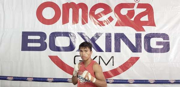 SLUGFEST. Known for his fearless slugging style, Kenny Demecillo of the Cebu-based Omega Boxing Gym is in for exhilarating war with Michael Dasmariñas on March 23 in Manila. (Contributed photo)